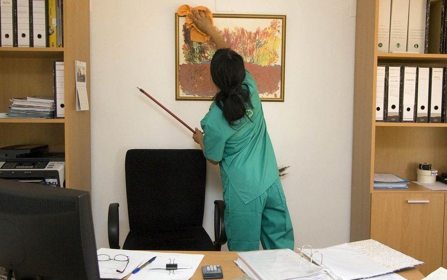 клининговую компания для уборки дома